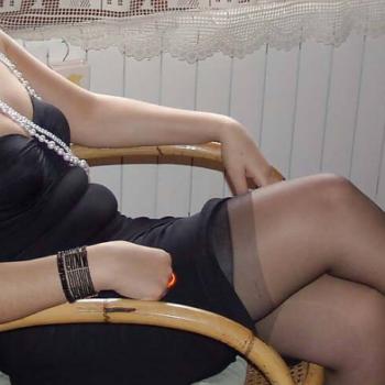 Mistress molto severa per schiavi da legare